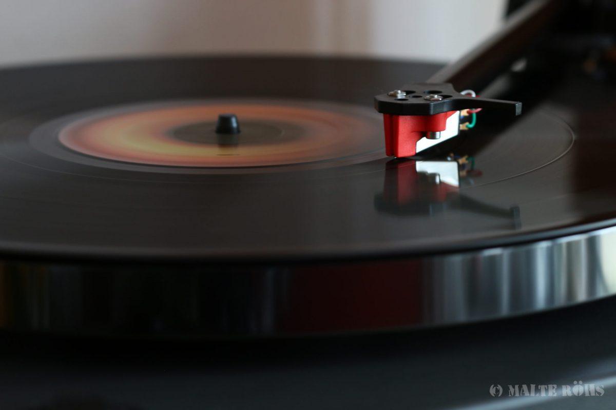 Long term exposure of a LP running on a Rega Planar 1